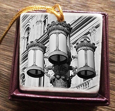"2"" Marble Ornament – the lanterns of THE CAPITOL (B&W) – Albany, NY"