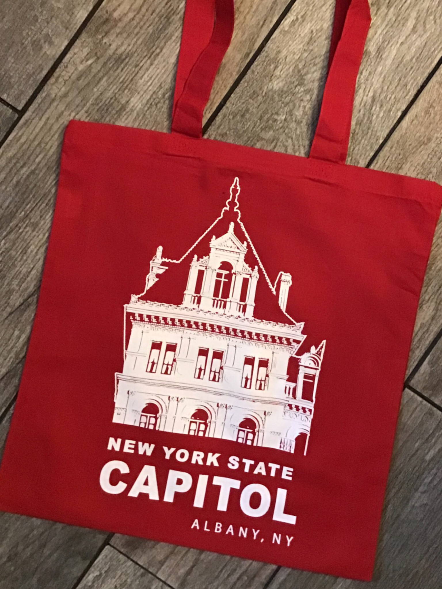 NYS CAPITOL TOWER - White Lineart on Red Tote Bag