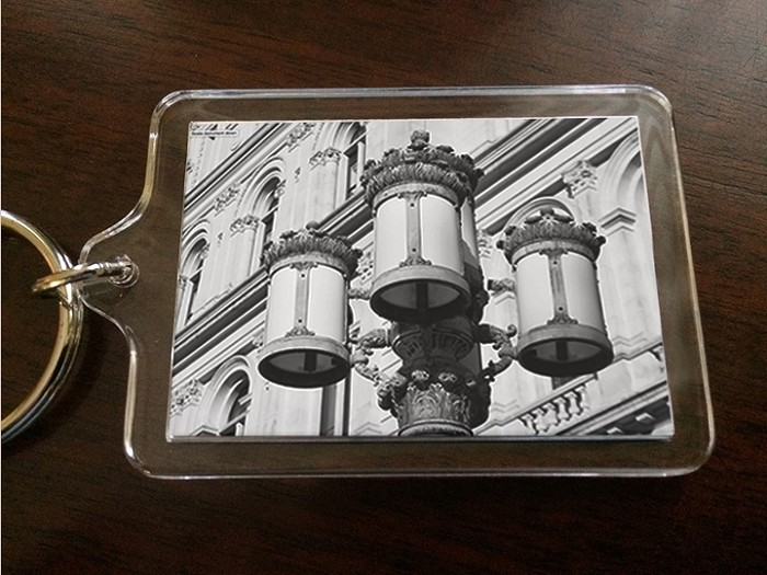 Acrylic Keychain – the lanterns of THE CAPITOL (B&W) – Albany, NY – 2.375' wide x 1.75' high